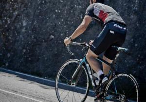 Ciclista por estrada